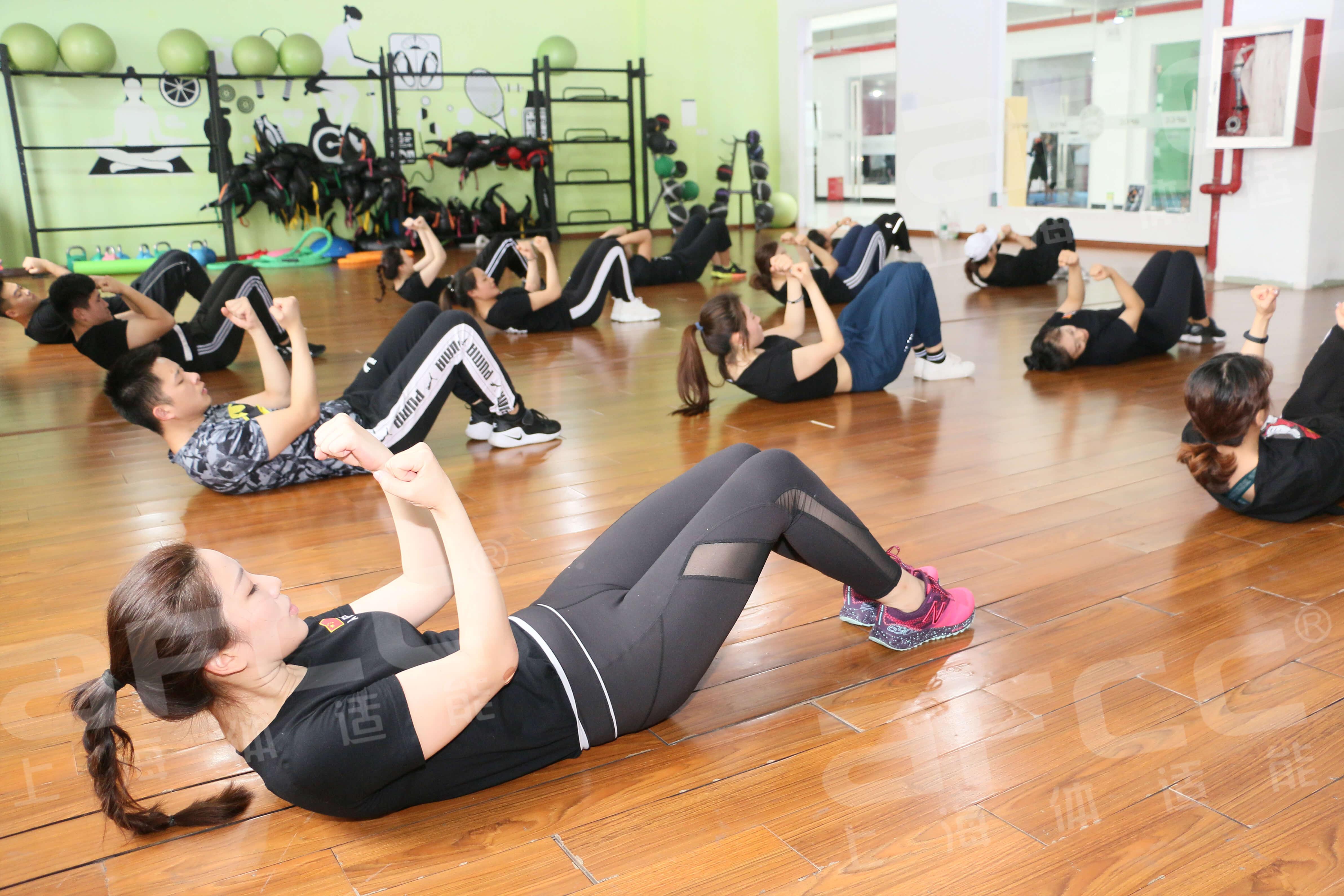 由浅入深,可有效增加私教或团体运动的训练技巧