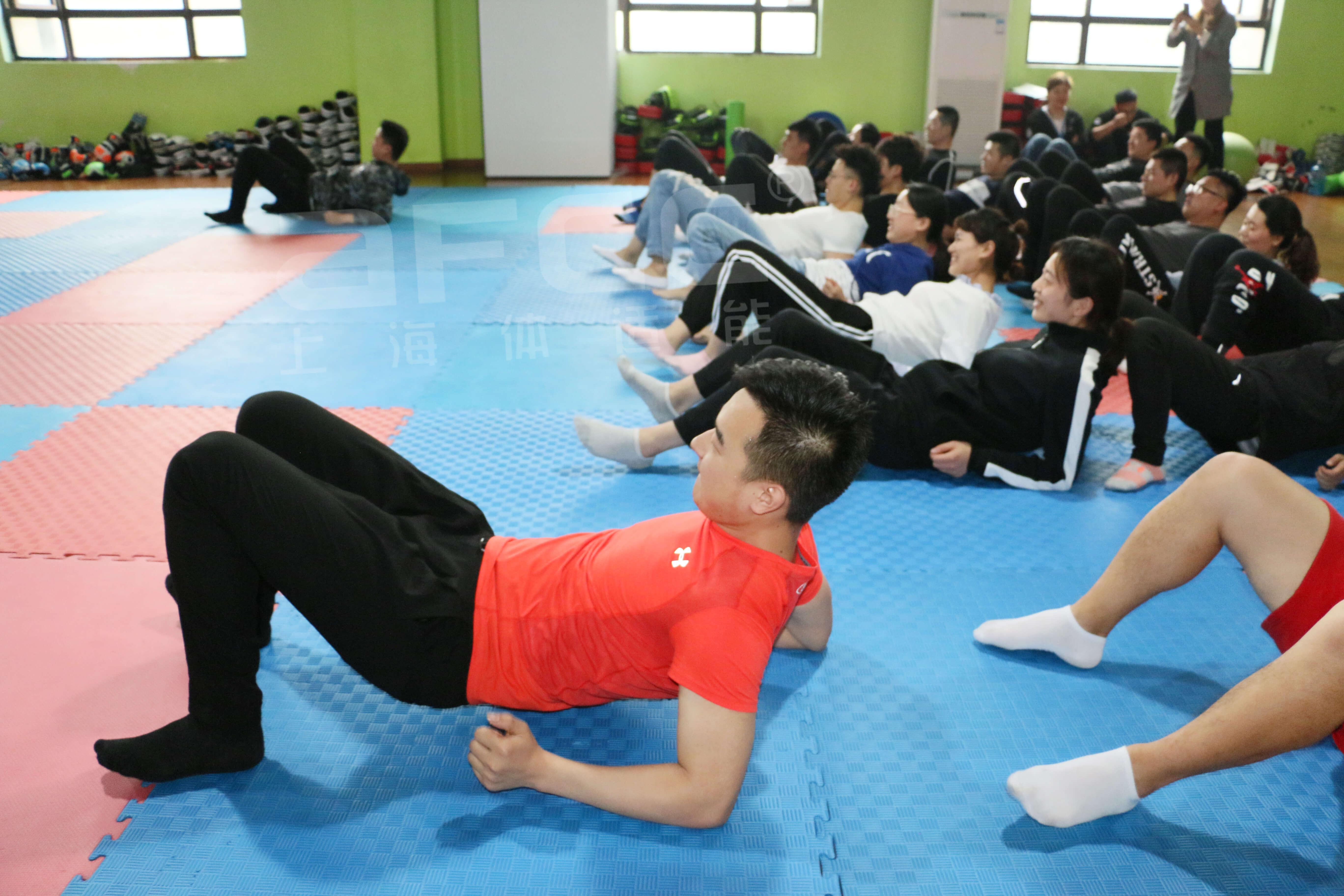 现在国家特别强调加强学生体育体能训练以提高身体健康水平