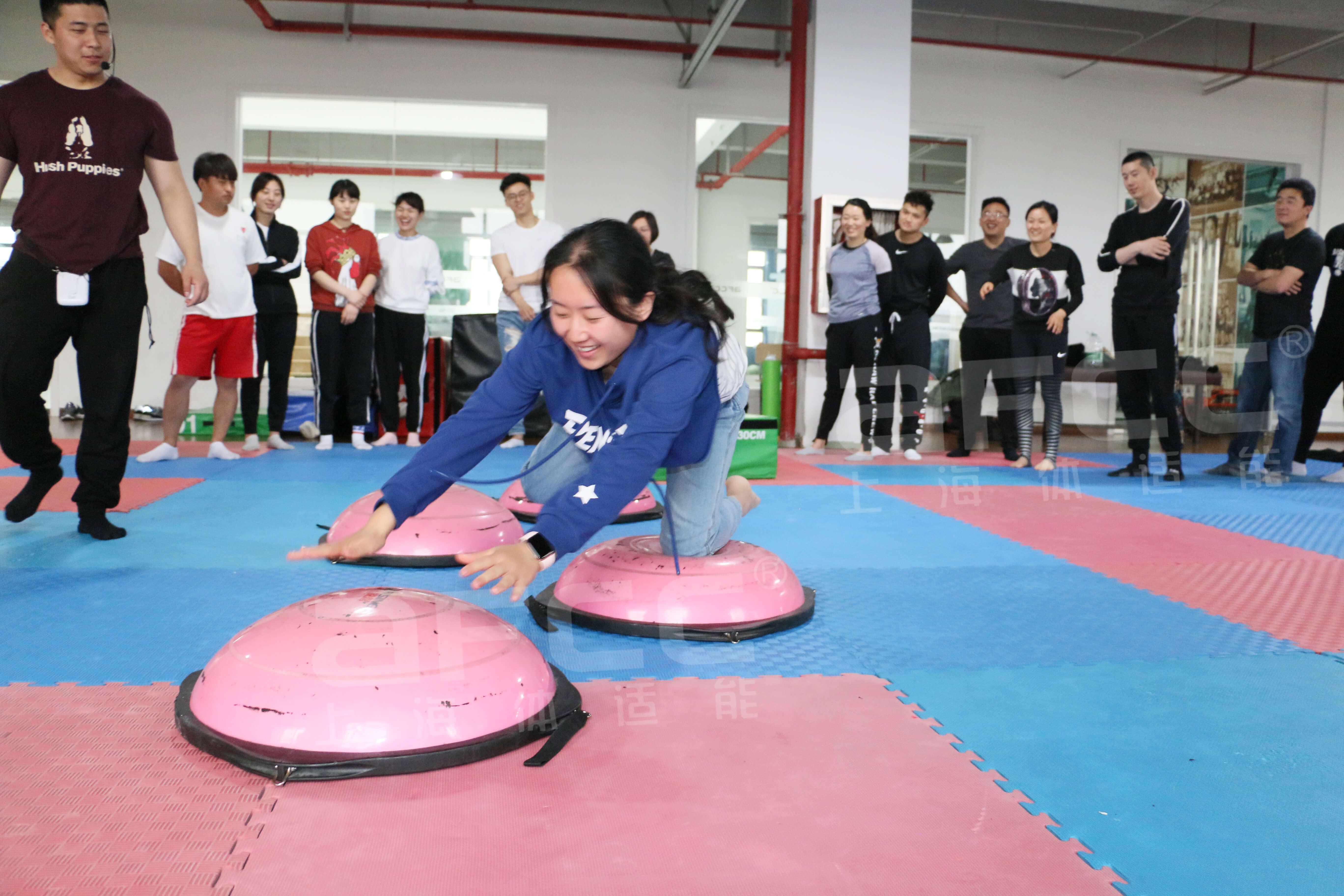 想要成为少儿体适能教练,可以选择上海体适能