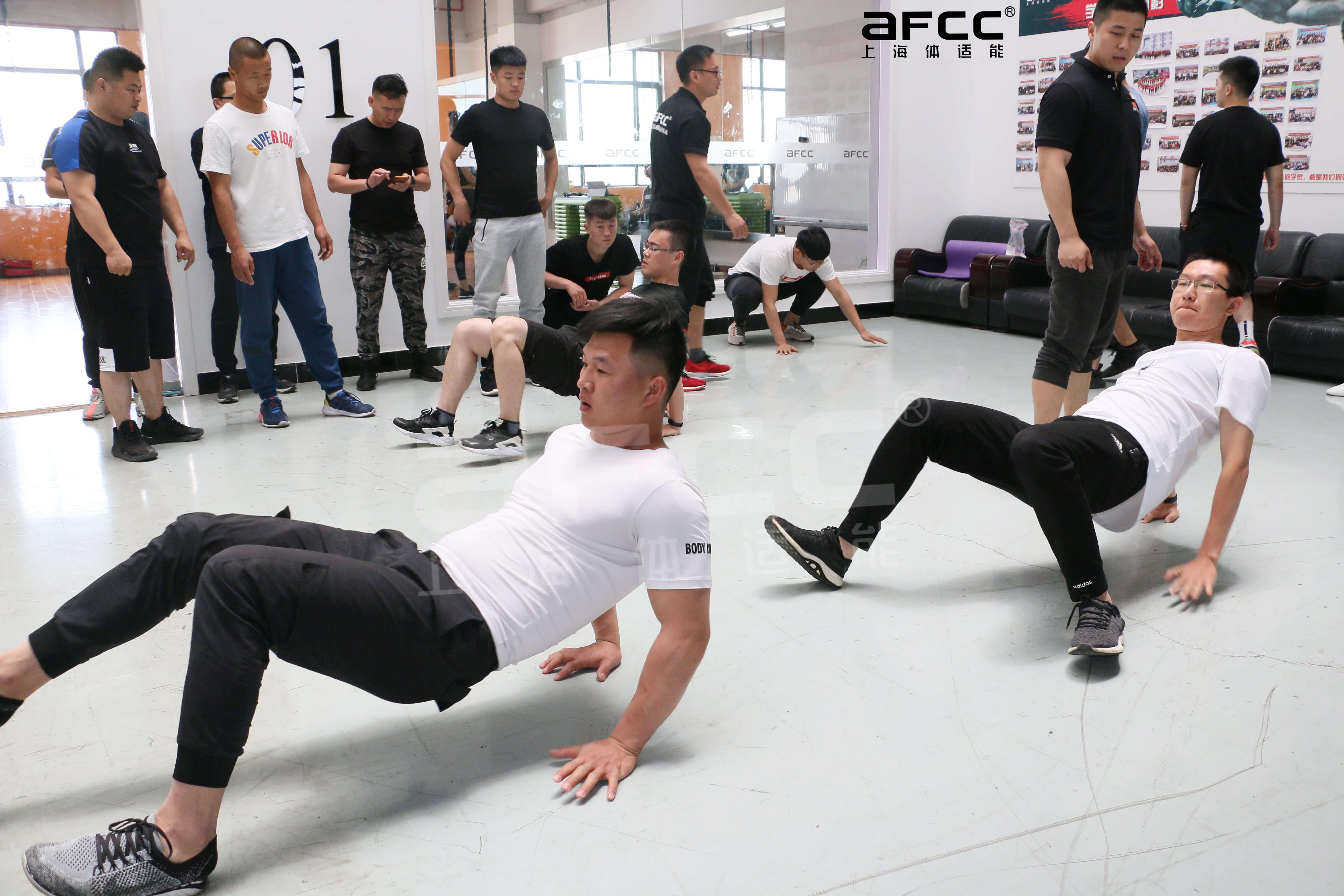 拥有十余年健身培训经验的上海体适能开展的少儿体适能教练培训也非常火爆