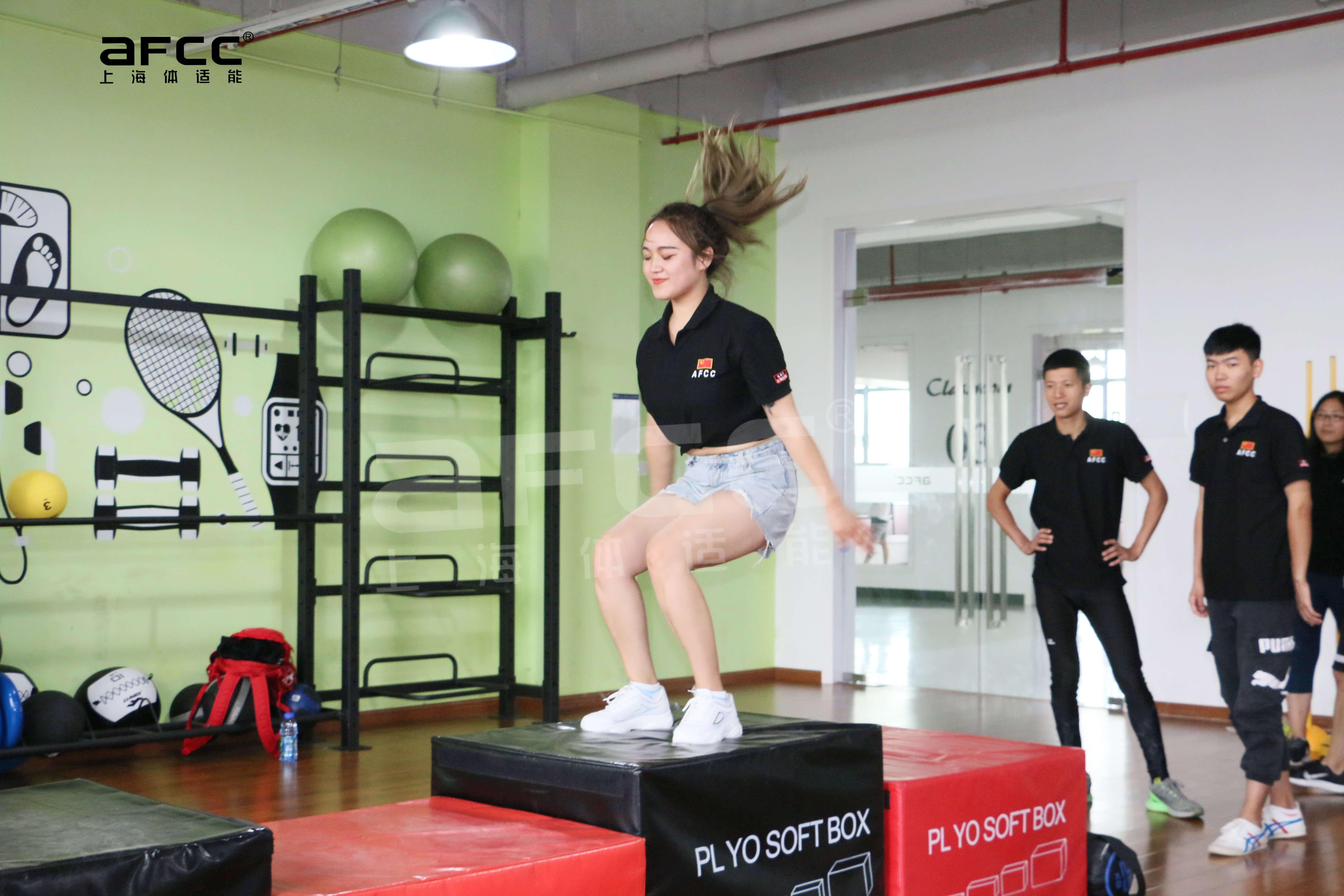 上海体适能12年健身教练培训经验