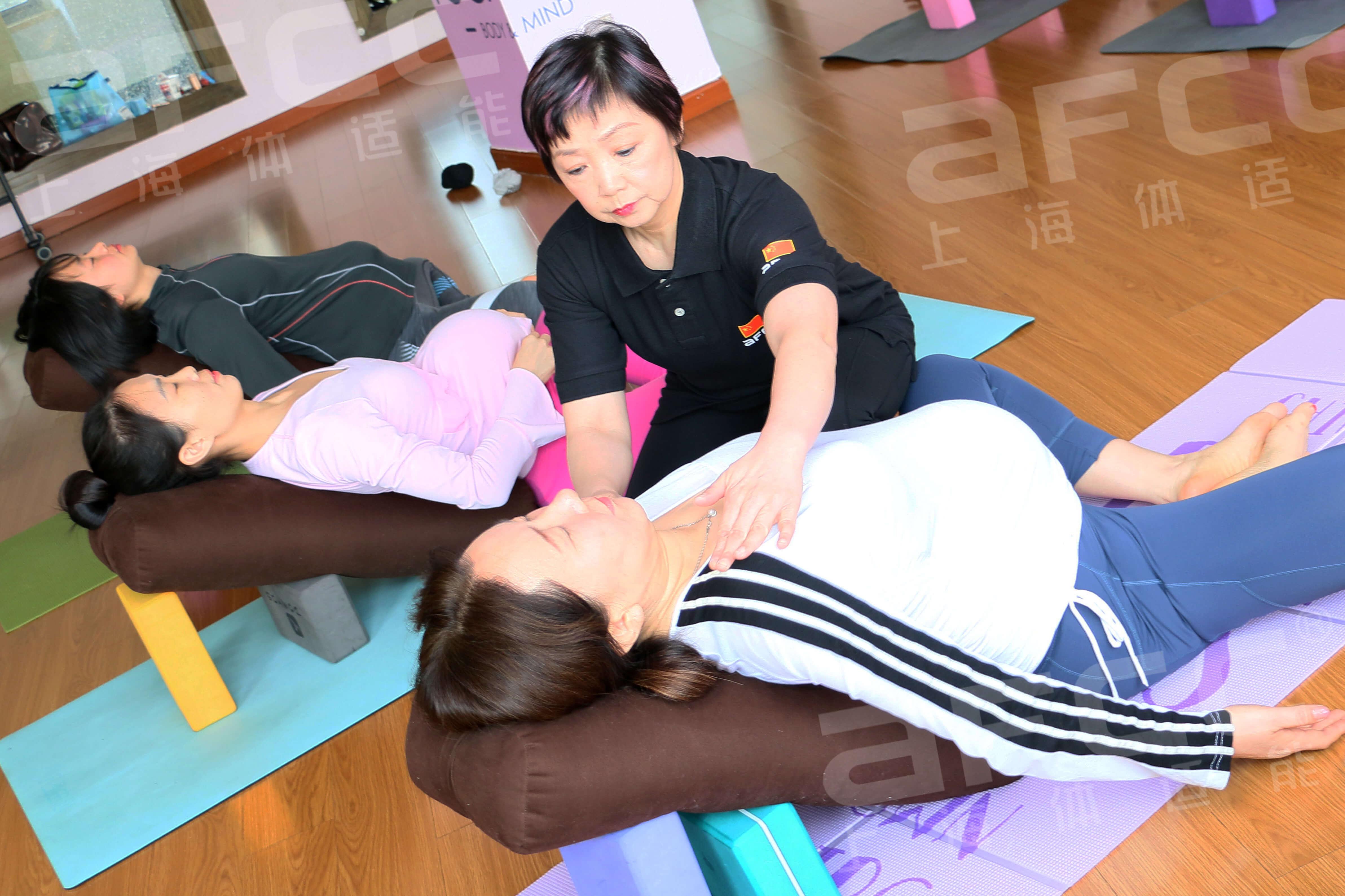 """流瑜伽,也有人称其为""""流程瑜伽""""传自西方"""